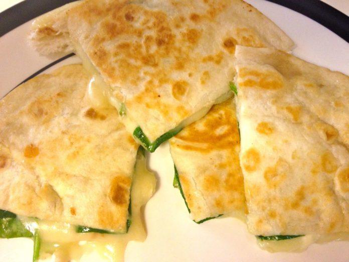 Spinach and brie Quesadilla   ZagLeft