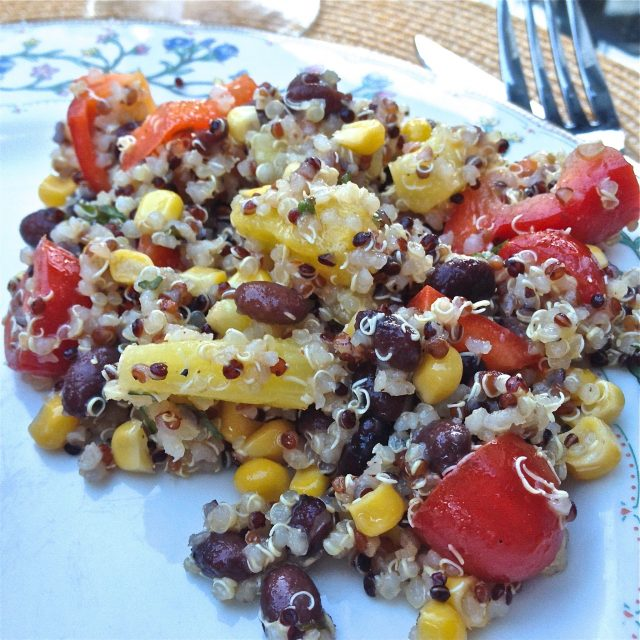 Quinoa Salad With Black Beans, Corn, Red Peppers and Pineapple - It's so tasty, so colorful and so easy. I love the crunch of the red pepper alongside the sweetness of the pineapple and the corn. It's perfect for a side salad or a main meal. | ZagLeft