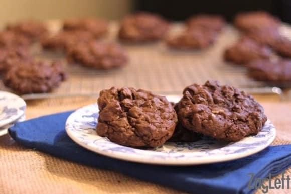 Rich Triple Chocolate Fudge Cookies : ZagLeft