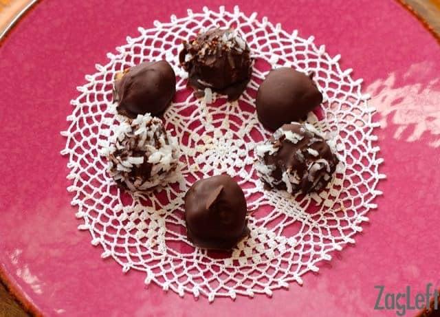 Healthy Dark Chocolate Date Truffles | ZagLeft