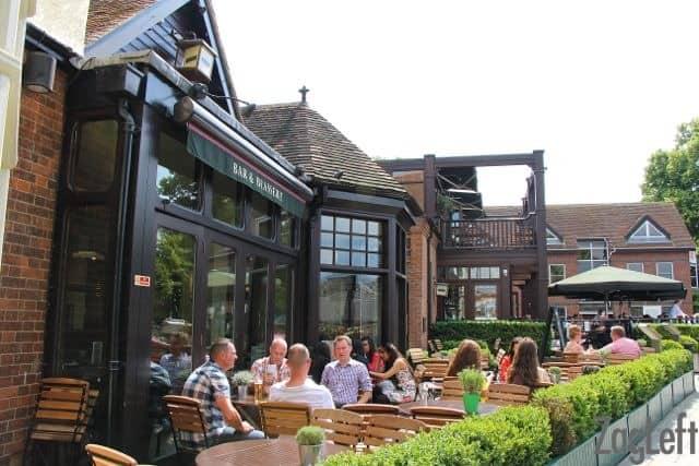 Browns Bar & Brasserie in Windsor - ZagLeft