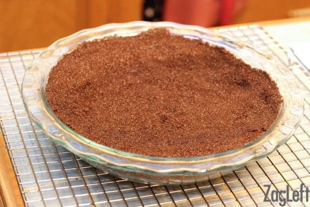 Chocolate Banana Cream Pie - crust - ZagLeft
