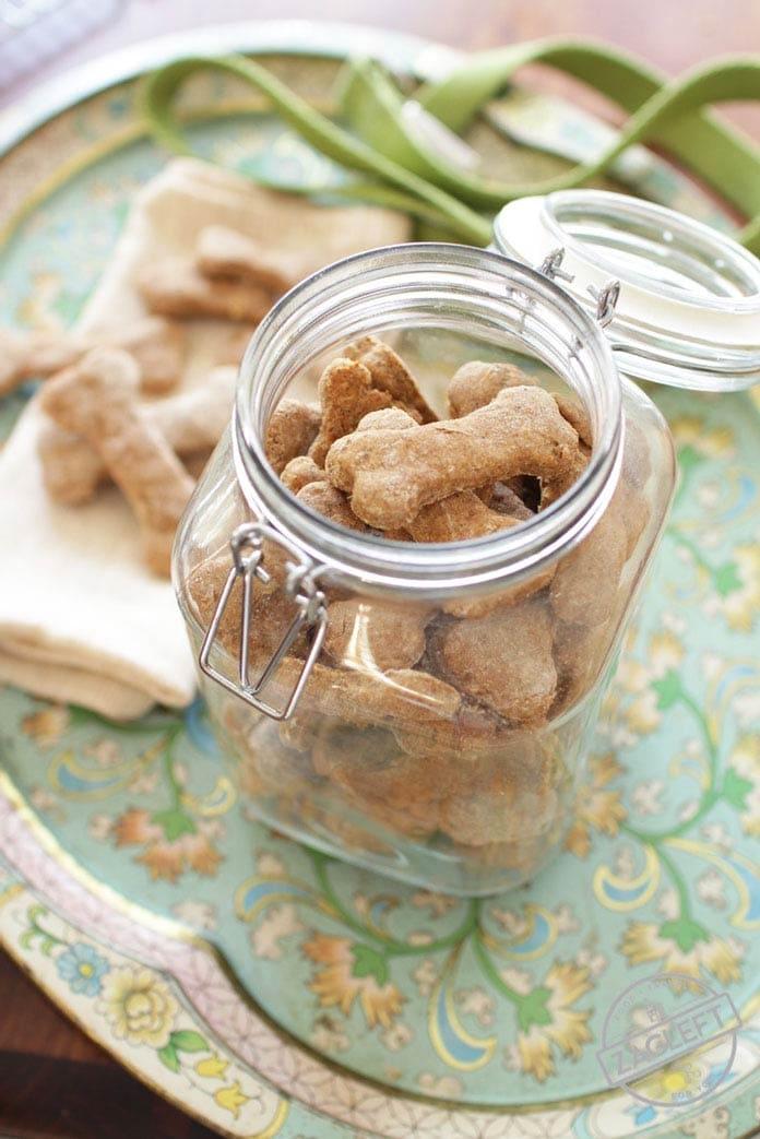 Jar of Dog Treats - ZagLeft